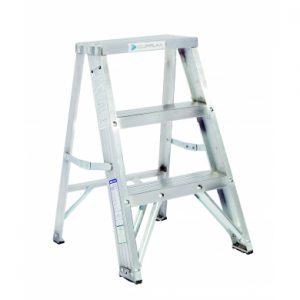Escalera taburete en aluminio